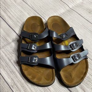 Dusty blue 3 strap Birkenstock